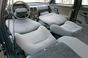 Салон ВАЗ 2110 со сложенными передними и задними сидениями