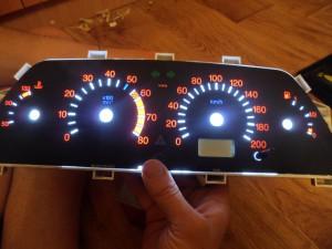 Панель приборов ВАЗ 2110 со светодиодной подсветкой