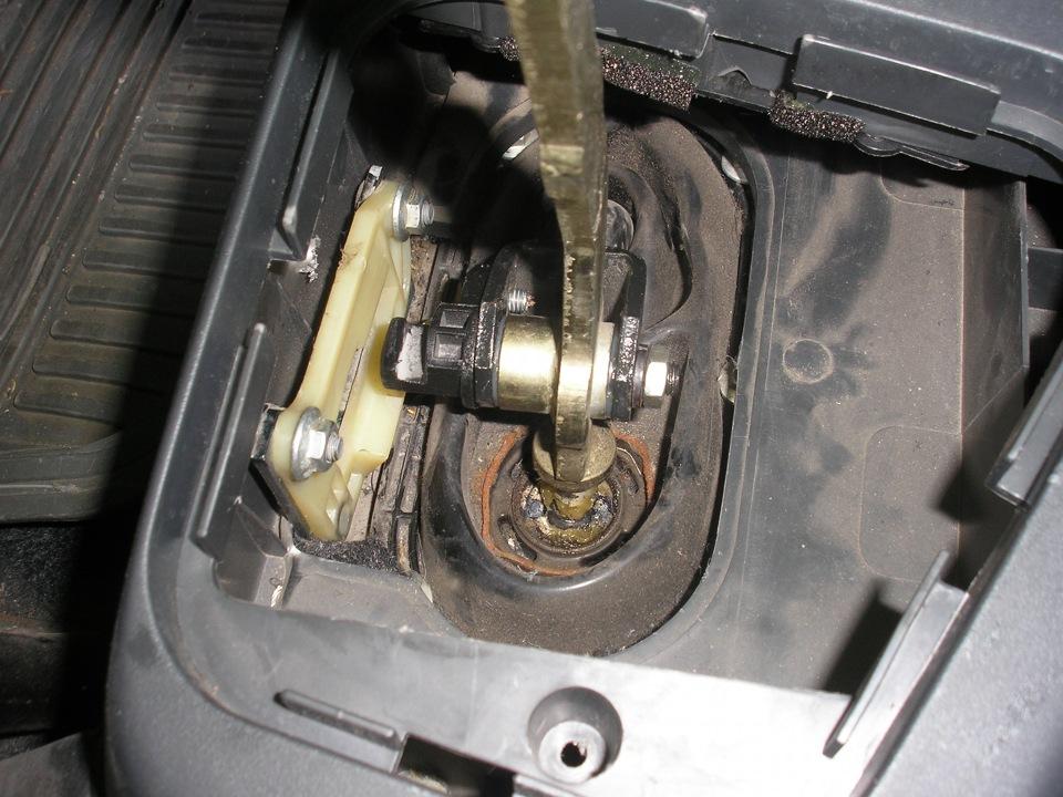 Фото №7 - большой ход рычага переключения передач ВАЗ 2110