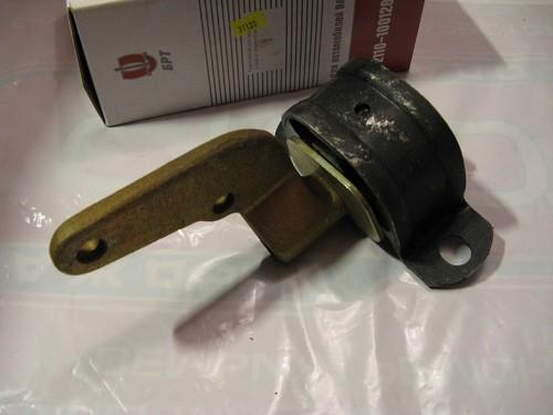 Подушка задней опоры 8-клапанного двигателя