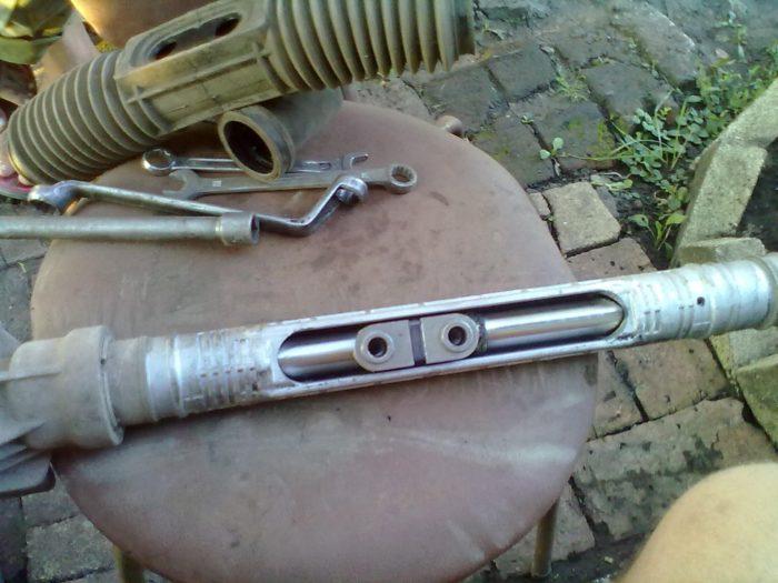 Восстановленная рулевая рейка ВАЗ 2110
