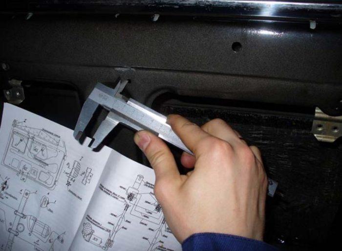 Нанесение разметки на двери ВАЗ 2107