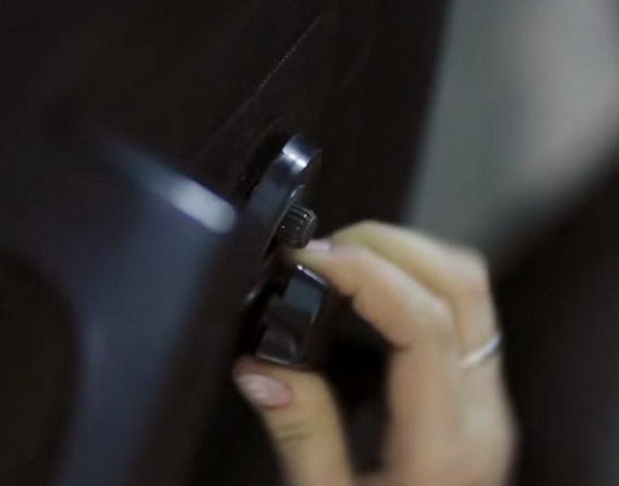 Снятие ручки стеклоподъёмника ВАЗ 2107