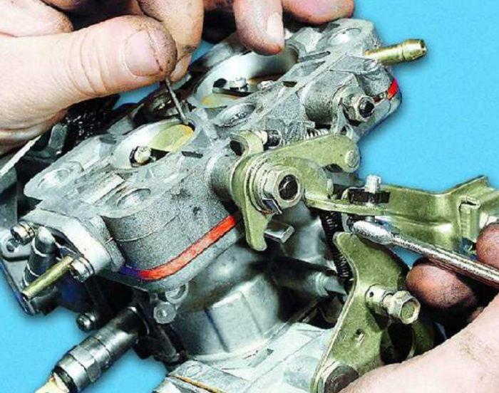 Регулировка зазора дроссельных заслонок автомобиля ОКА