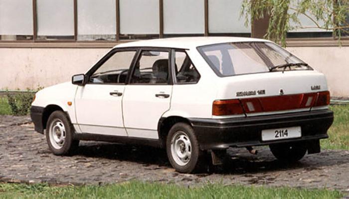 Старый ВАЗ 2114