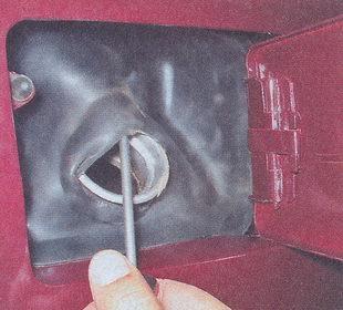 Замена электрического бензонасоса