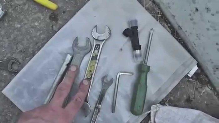 Набор инструмента для правильного демонтажа форсунок