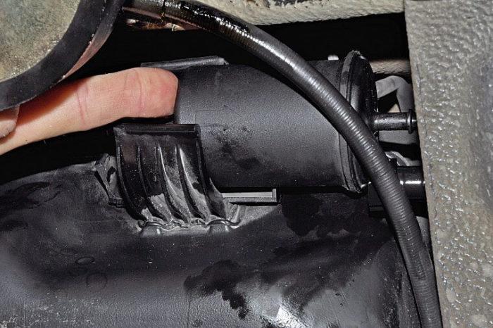 Снятие топливного фильтра
