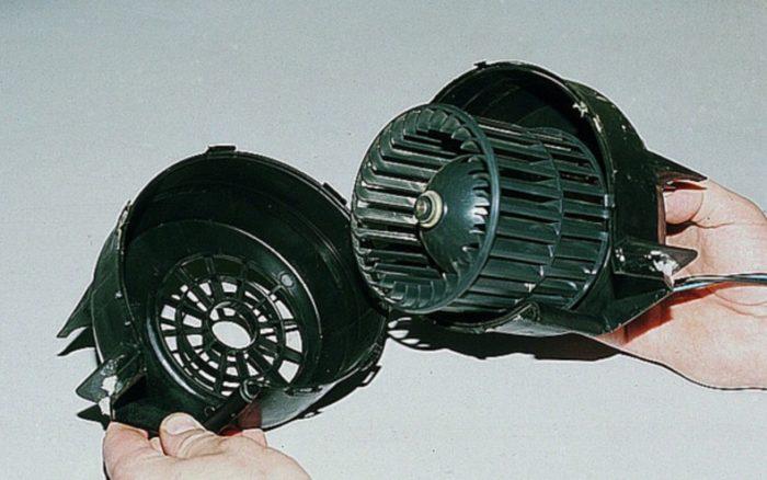 Моторчик печки автомобиля ВАЗ 2114