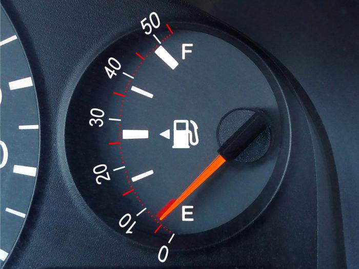 Шкала уровня топлива
