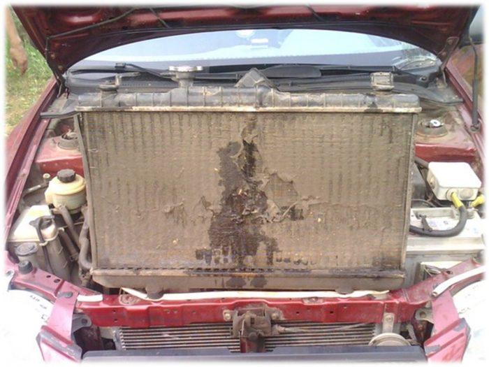 Грязный конденсатор в автомобиле