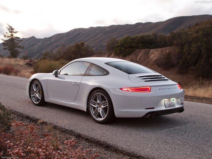 Самые надёжные авто: Porsche 911