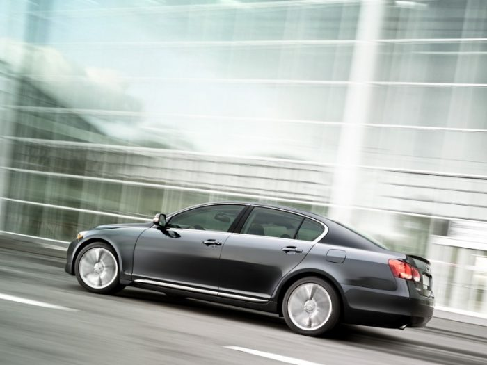 Самые неубиваемые автомобили: Lexus GS 300
