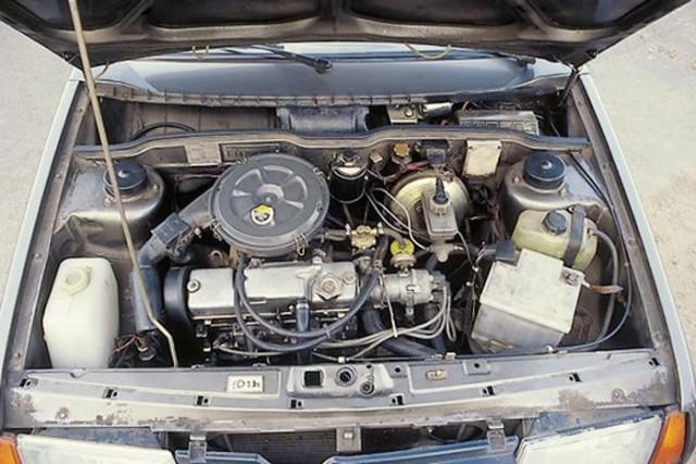 Мотор лимузина ВАЗ-21099