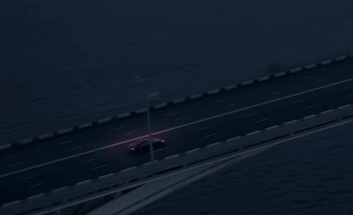 какая машина в клипе малиновый свет