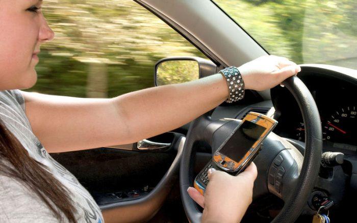 вредные привычки водителей за рулем