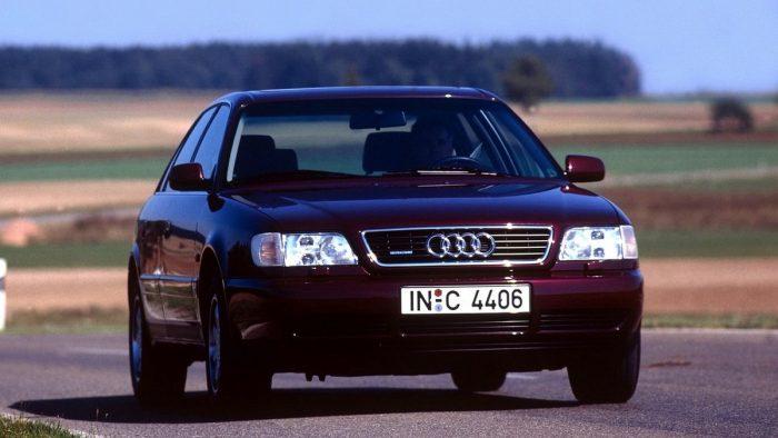 Автомобиль марки Audi