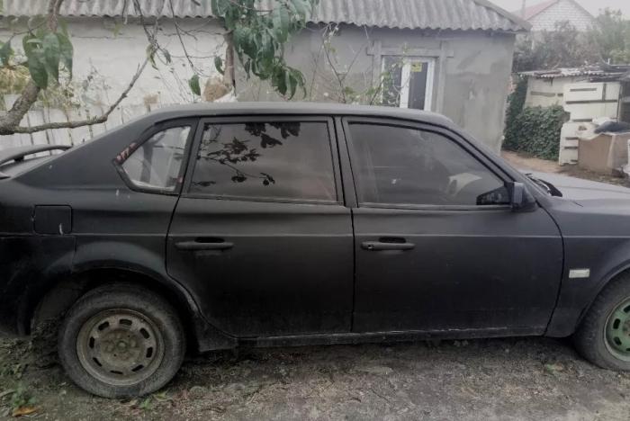 Переделанный автомобиль АЗЛК-2141