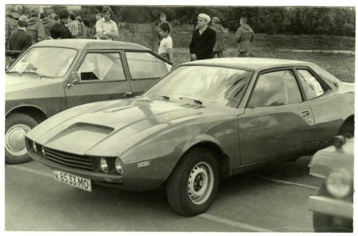 Автомобиль «Юна»