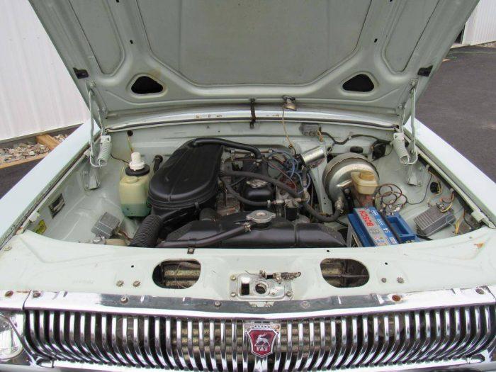 Мотор и решётка радиатора ГАЗ-24–10 «Волга»