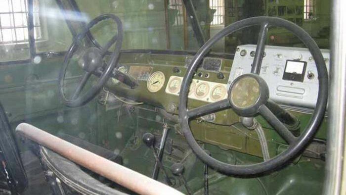 Два руля УАЗ-469