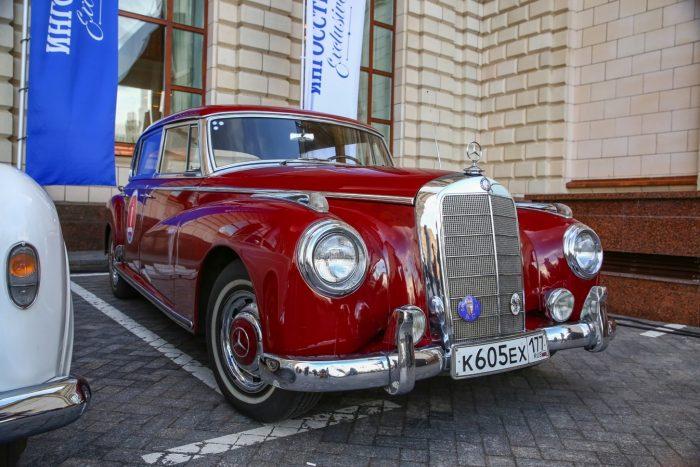 Mercedes-Benz 300C Adenauer 1957 год выпуска