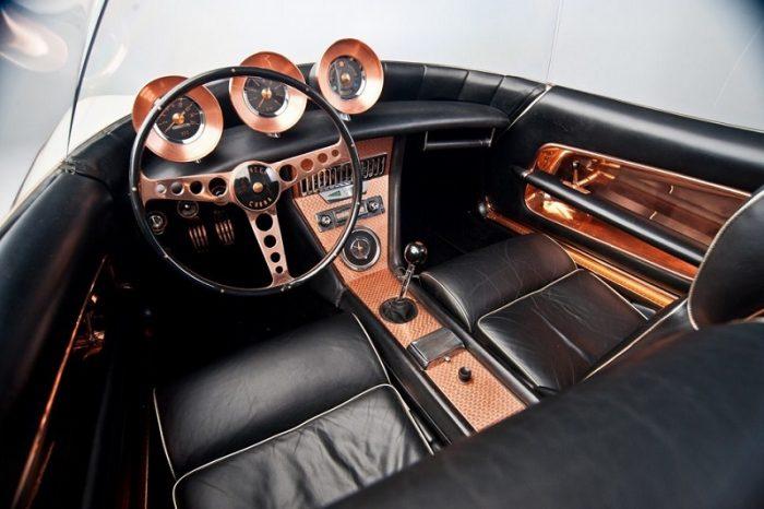 Салон Mercer-Cobra Roadster 1965