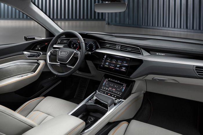 Салон Audi E-tron Sportback