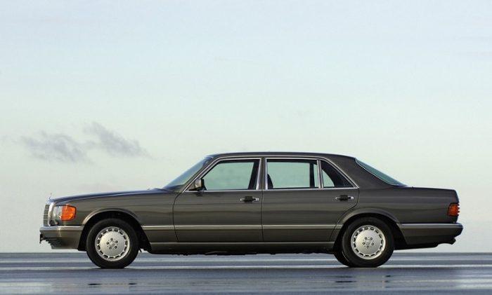Mercedes-Benz S-Class W126